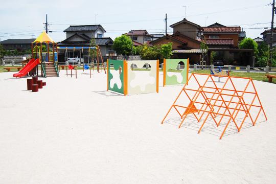朝菜町・堀川町公園04