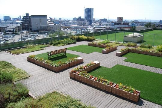 富山市民病院緩和ケア病棟屋上庭園01