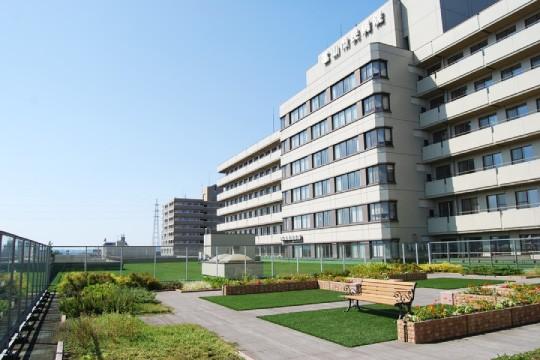 富山市民病院緩和ケア病棟屋上庭園02